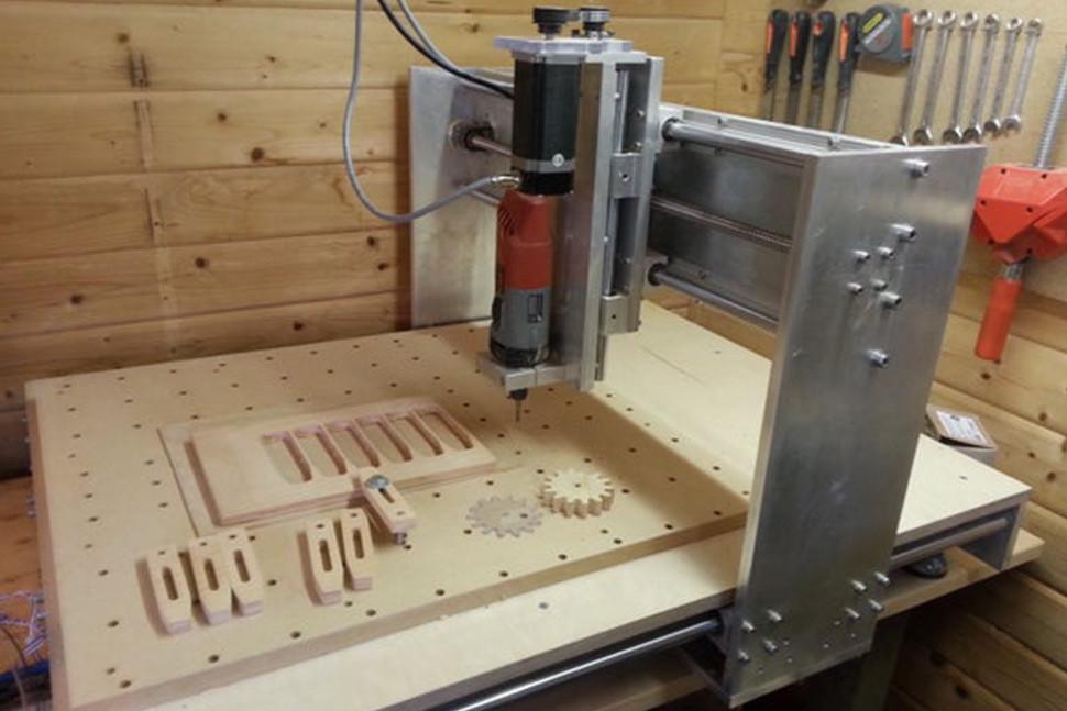 چگونه دستگاه CNC بسازیم؟ - آموزش تصویری در 16 گام